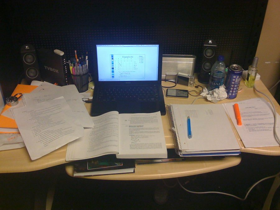 laptop+and+textbooks